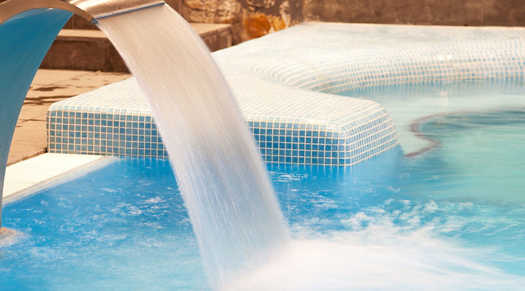 Should your pool and spa be connected or separate?